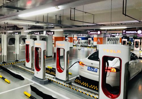 Президент подписал Закон, освобождающий электромобили от НДС и акциза - электромоб