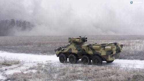 В Киеве изготовили БТР из бронированной стали НАТО