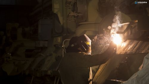 В Киеве изготовили БТР из бронированной стали НАТО - БТР