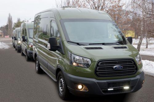 Фельдегерская служба ВСУ будет ездить на Ford Transit