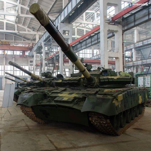 В Украине модернизируют танки Т-80БВ. Что поменялось? - танк