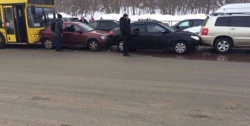 В Киеве вчера зафиксировали рекордное количество ДТП на дорогах