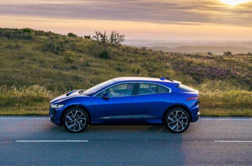 Jaguar Land Rover разрабатывает фитнес-сидения - Jaguar