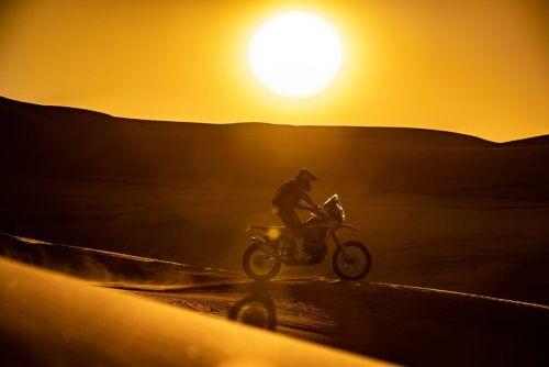 Honda выигрывает Дакар в категории мотоциклов