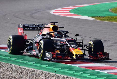Сразу четыре этапа Formula1 отложили из-за коронавируса