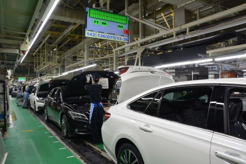 Сколько работников сократят на европейских автозаводах