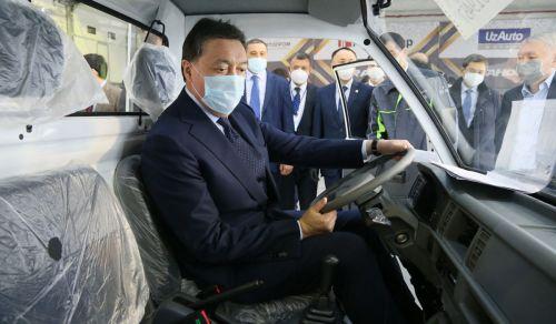 В Казахстане запустили сборку узбекских автомобилей