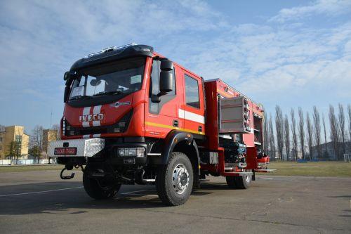 В Украине выпустили пожарный автомобиль на шасси IVECO
