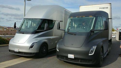 Tesla запускает в производство грузовые электро тягачи Tesla Semi