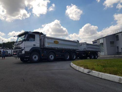 Volvo Trucks поставила в Украину необычные самосвалы с увеличенной грузоподъемностью