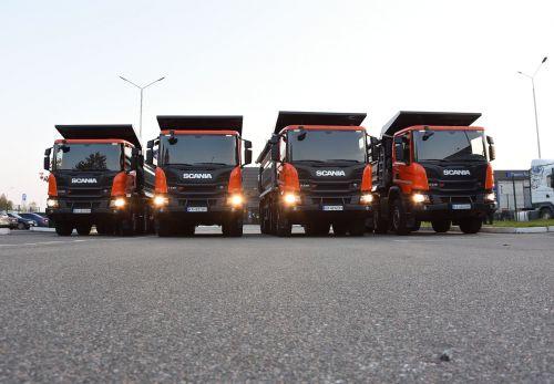 Scania вновь поставила партию самосвалов 8х4 в Мариуполь