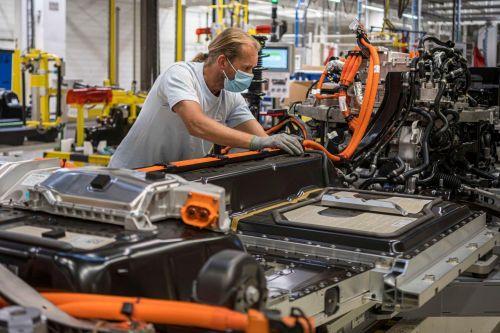 Volvo в 3 раза увеличит объем производства электрокроссоверов