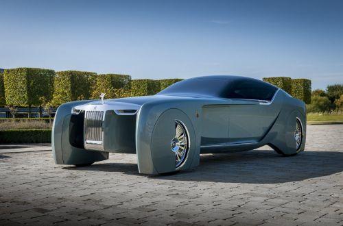 Каким будет первый электромобиль Rolls-Royce