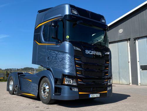Легендарный Свемпа представил свой последний проект тюнинга Scania