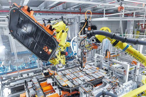 Volkswagen построит в Европе шесть заводов по производству аккумуляторов