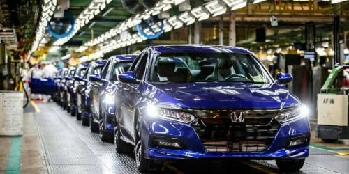 Из-за дефицита полупроводников Honda на неделю остановит 5 заводов - Honda