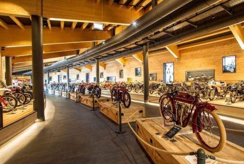 Сгоревший австрийский музей мотоциклов восстановят
