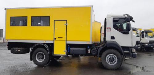 Метинвест закупил крупную партию вахтовок на шасси Renault