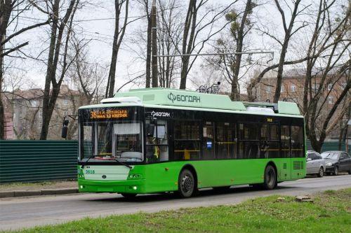 Харьков получил еще 4 троллейбуса Богдан Т70117