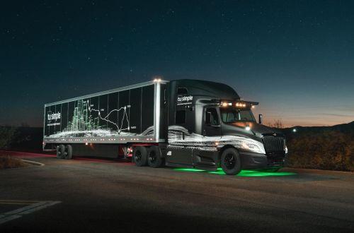 Беспилотный грузовик совершил первый коммерческий рейс в США и оказался намного эффективнее - беспилот