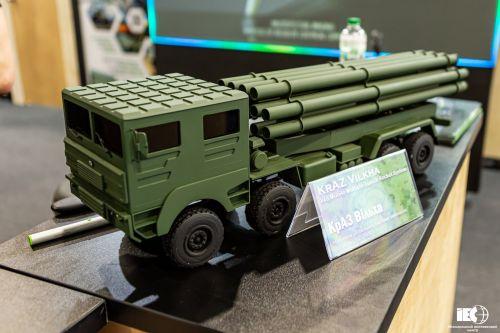 КрАЗ показал перспективные армейские шасси для установки вооружений