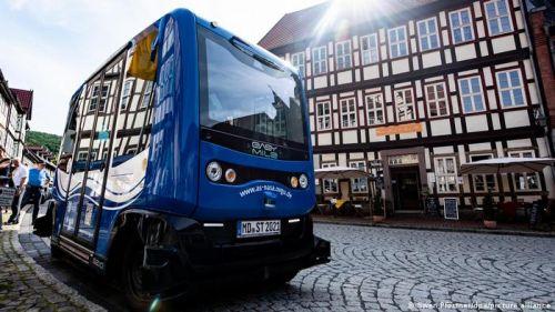 В Германии на маршруты вышли беспилотные электробусы