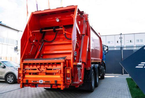 На шасси МАЗ 6312 популярны 22-кубовые мусоровозы СБМ-308/1. В чем их преимущества - МАЗ