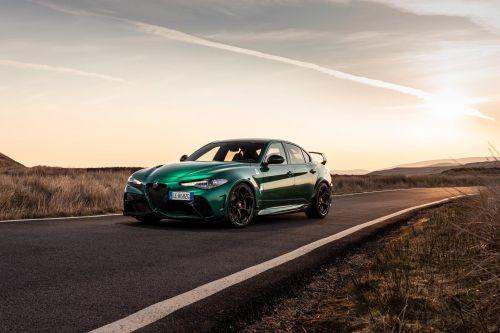 Alfa Romeo распродала весь тираж зеленых заряженных Giulia GTA и GTAm