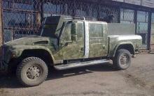 Из автомобиля Януковича сделали бронетачанку - Янукович