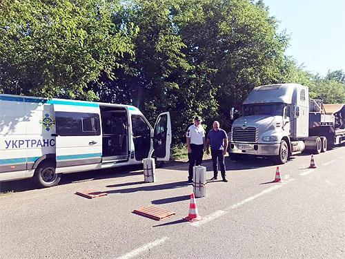 В Украине хотят ввести высокие штрафы за перегруз грузовиков. Сколько придется платить за лишние килограммы?