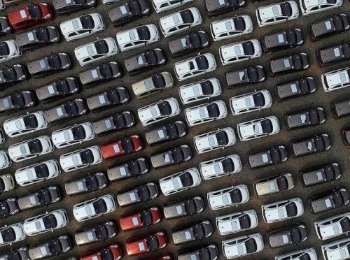 ГФС сообщила, что раскрыла схему, через которую за 2 года прогнали 130 000 автомобилей
