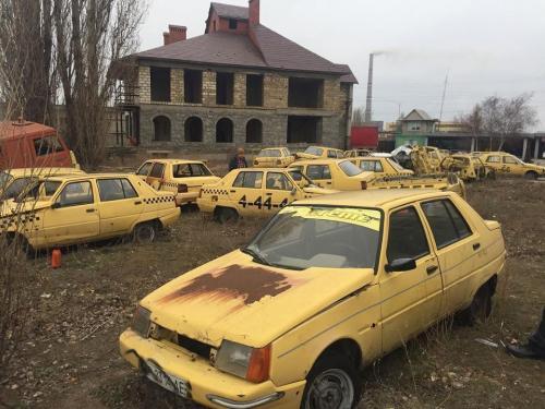 В Украине обнаружено кладбище заброшенных ЗАЗ Славута - ЗАЗ