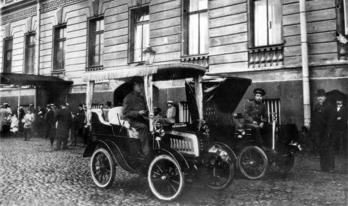 Автоистории: Интересные факты о первых автомобилях в Киеве до революции 1917 г