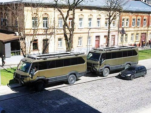 Во Львове контролируют карантин на украинских автобусах Torsus