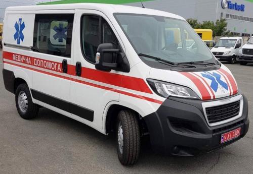 Эпоха УАЗов в украинской медицине уходит в прошлое. Peugeot-Citroen предложил медавтомобили в исполнении 4х4  - медицинский
