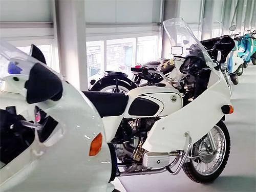 В Киеве продемонстрировали частную коллекцию редкой мототехники и будущий автомузей