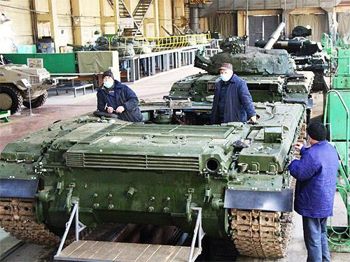 Сколько и какой техники Львовский бронетанковый завод передал в ВСУ в 2020 году