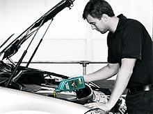В Castrol рассказали, как выбирать и правильно менять моторное масло