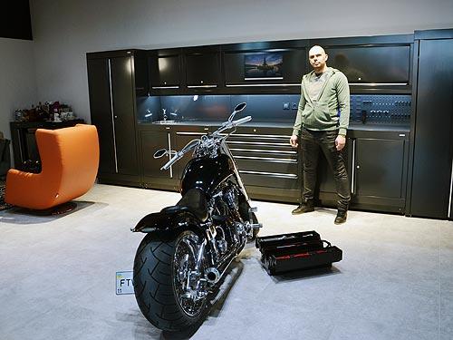 Элитная британская мебель для гаражей теперь доступна в Украине