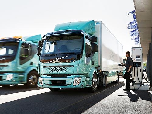 Уже скоро в Украину хлынет поток подержанного коммерческого транспорта из ЕС. Кто и когда планирует справить нам весь хлам из Европы - коммерческ