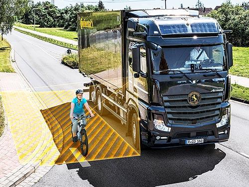 Continental уже устанавливает систему обнаружения велосипедистов и пешеходов на коммерческие авто