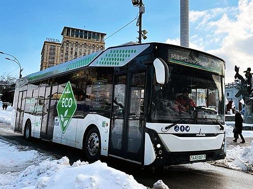 МАЗ 303 назвали автобусом года в России - МАЗ