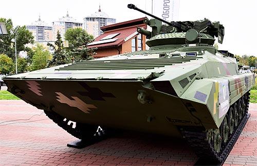 В Украине разработали новый гусеничный БМП-М1С с двигателем Deutz