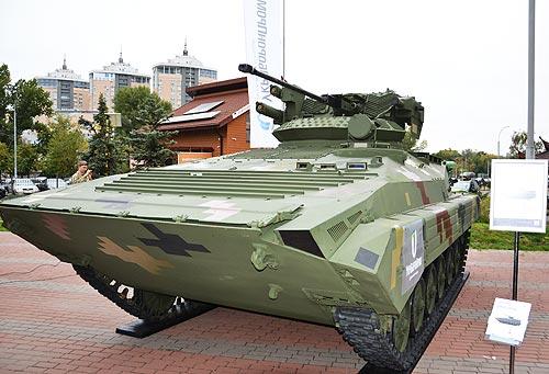 В Украине разработали новый гусеничный БМП-М1С с двигателем Deutz - БМП