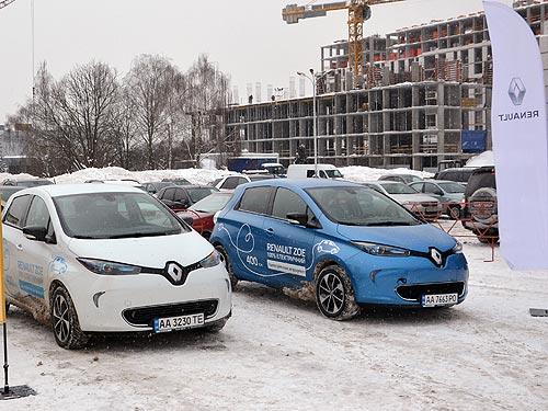 Что можно увидеть на выставке Plug-In Ukraine - электромоб