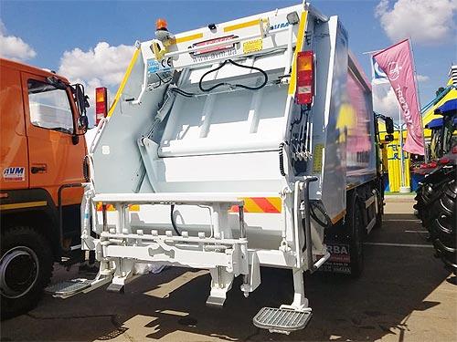 На украинский рынок вышел новый турецкий производитель мусоровозов