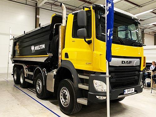 DAF представил в Украине новый самосвал для дорожного строительства - DAF