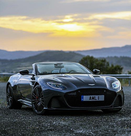 Тест-драйв Aston Martin DBS Superleggera Volante: Призрак старой школы