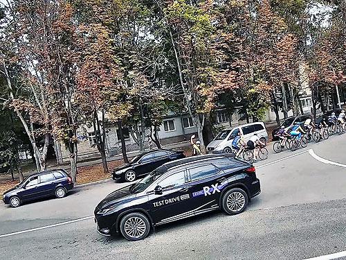 Тест-драйв Lexus RX: в поисках Грааля - Lexus